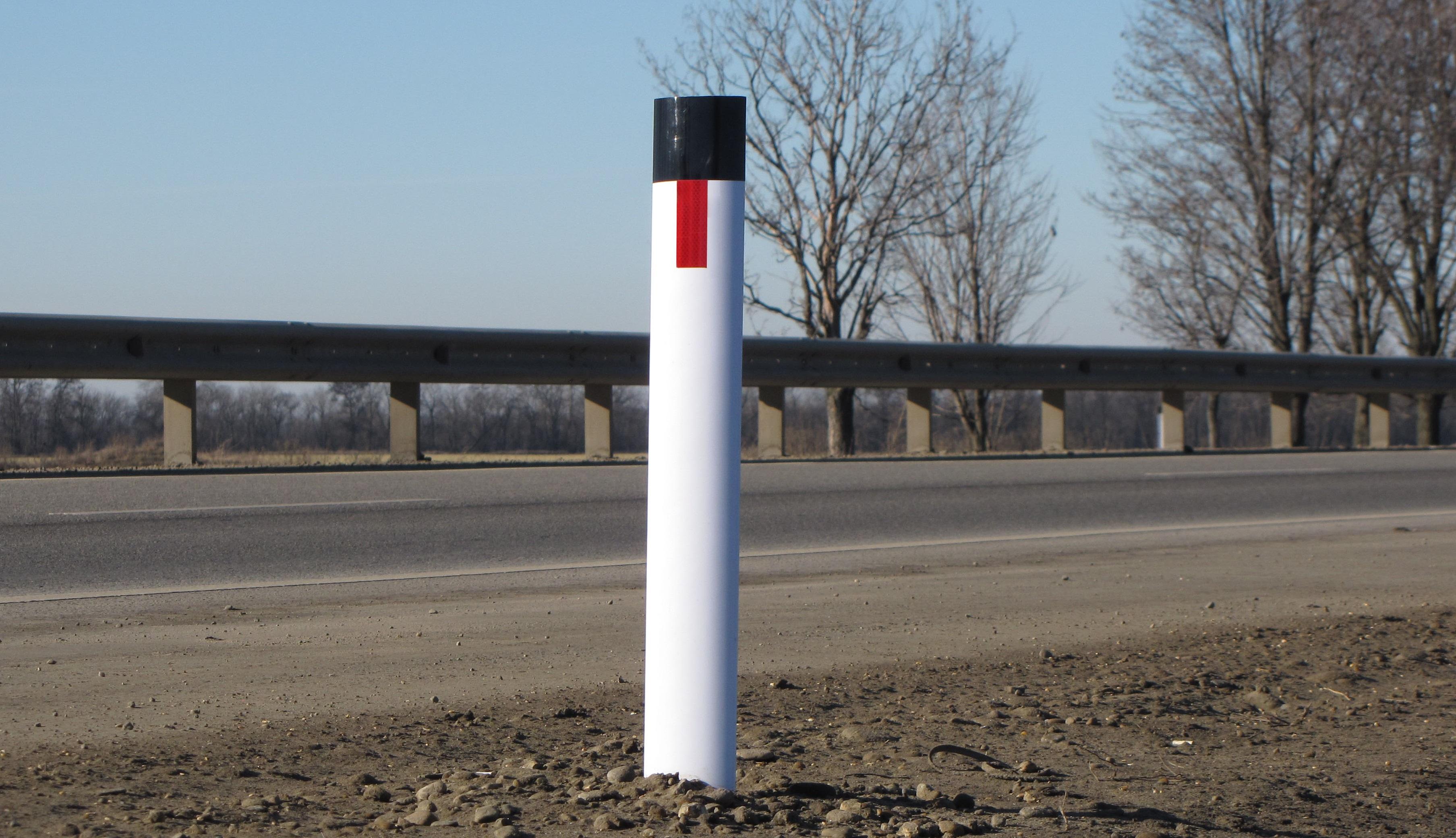 сигнальные дорожные столбики